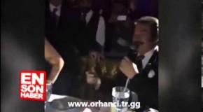 Orhan Gencebay Hülya Avşar'ı poposundan tokatladı